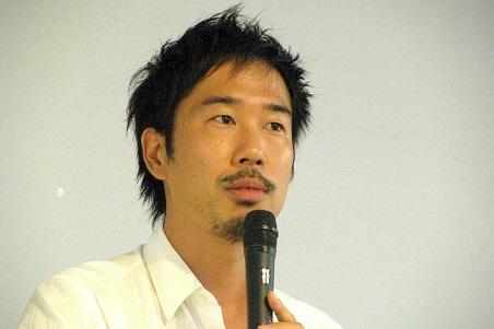 ロコンドの田中裕輔社長