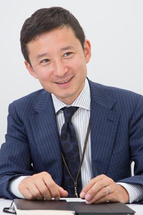 川俣 理晶 氏