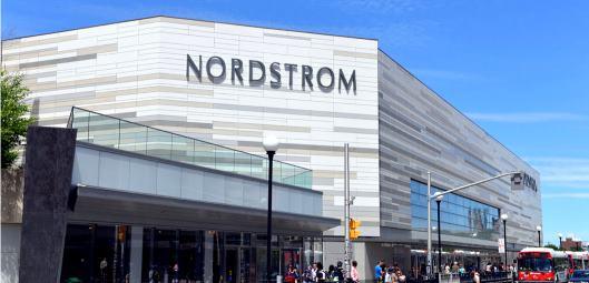 創業116年の老舗米国百貨店ノードストロームの店舗画像