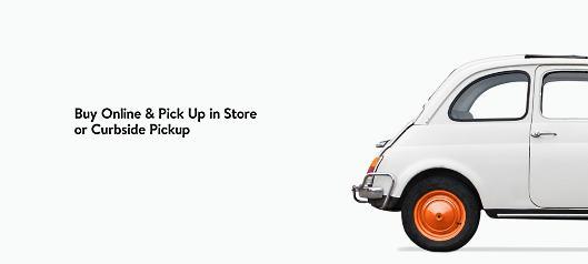 ノードストロームでは、ECサイトで購入された商品を、指定された店頭にてスタッフが車まで運ぶサービスなども展開している