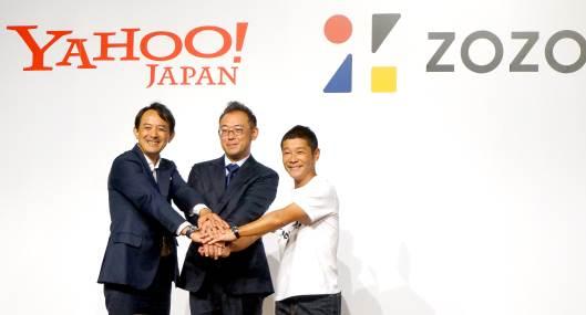 ヤフー社長の川邊健太郎氏、ZOZO新社長の澤田宏太郎氏、ZOZOの前社長である前澤友作氏